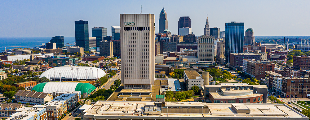 aerial view of 外围买球app campus and downtown Cleveland